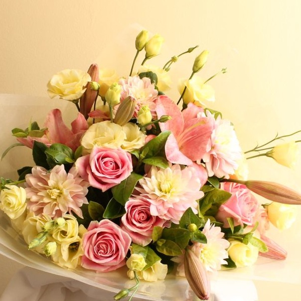 florist-delivers-flowers-to-chatswood.jpg