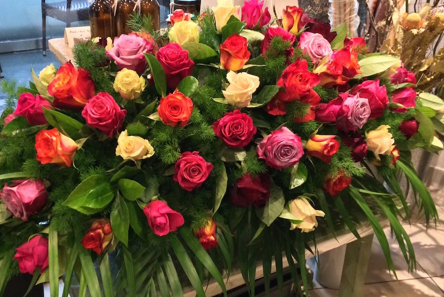 funeral-flowers-sydney-casket-spray